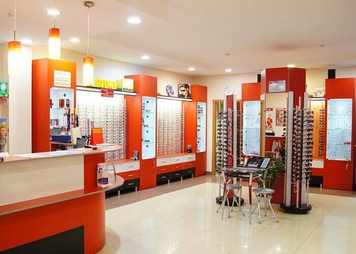 Мебель для салонов оптики